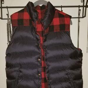 BB Dakota down reversible wool vest